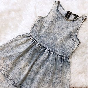 Forever 21 Acid Wash Denim Dress Size Medium